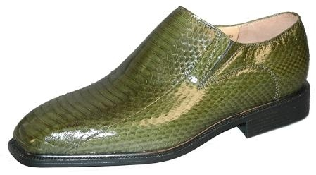 SKU#UH1552151 Plain toe slip on side gore with snake skin. Man-made sole $119