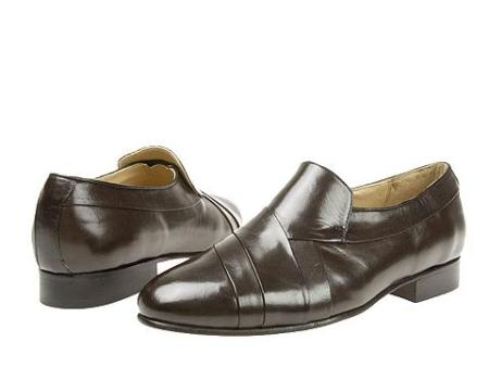 SKU# RDY780 Brown Hand-pleated vamp slipon with center gore in kid skin upper. Genuine leather sole