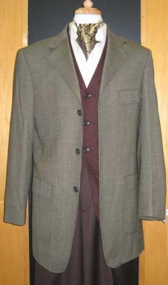 Testardi Brand Three Three ~ 3 Buttons Gold/Brown Checker Pattern 95% Wool,5% Cashmere Sport Jacket Blazer Coat