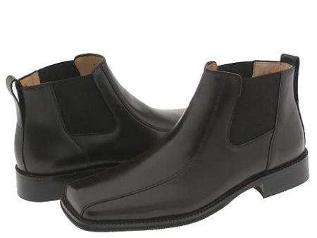 SKU# MTC698 Z30034 Mens Black Leather upper with bicycle toe design. $139