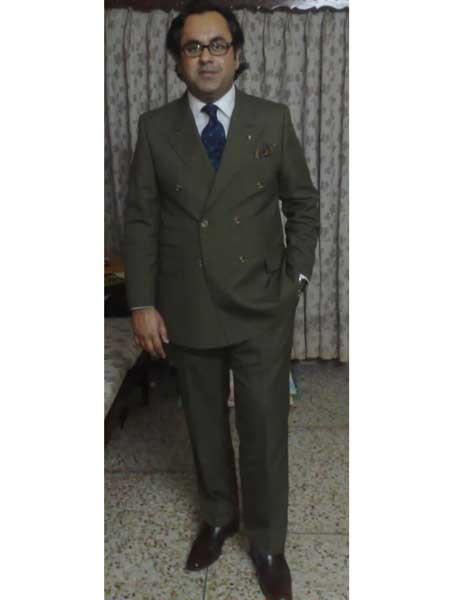 Men's Olive Green Double Breasted Suits Side Vented Peak Lapel Suit - 6 on 3 Buttons Unique Style With Pleated Pants