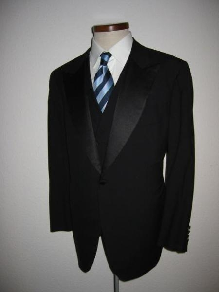 SKU# TY329 Pick Collar Super 150s Wool Italian 1 Button Tuxedo Jacket + Pants + Vest $199