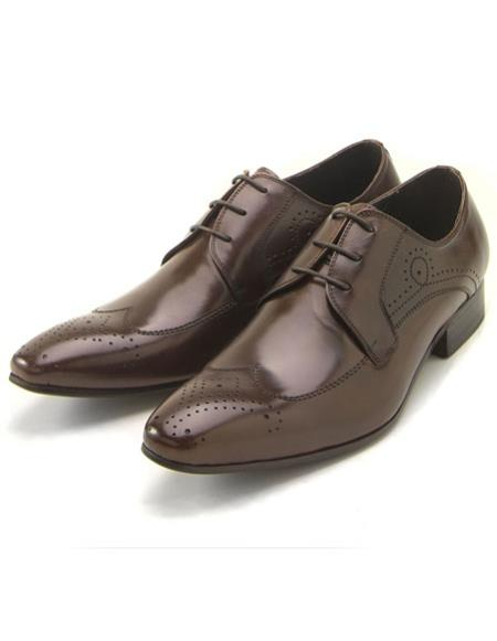Mens Classic Wingtip Style Brown