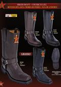 W toe cowboy boots