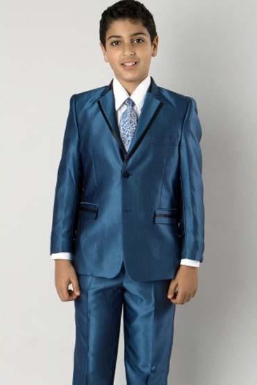 Two Toned Trimmed Lapel