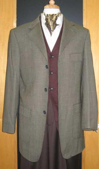 Testardi Brand Three Three ~ 3 Buttons Gold/Brown Checker Pattern 95% Wool,5% Cashmere Sport Jacket Blazer Coat