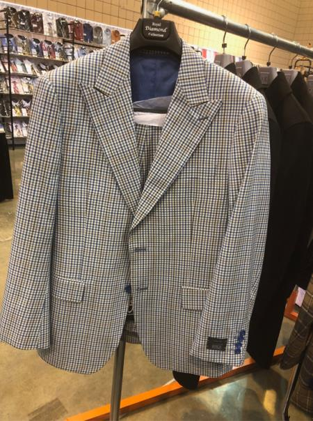 1970s Men's Suits History | Sport Coats & Tuxedos Mens Peak Lapel Single Breasted Plaid Suit $160.00 AT vintagedancer.com