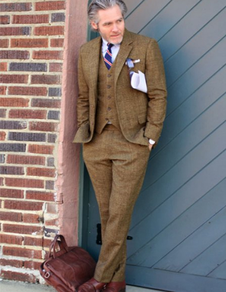 Brown Two Welted Pocket on Trousers Single Vent Notch Lapel