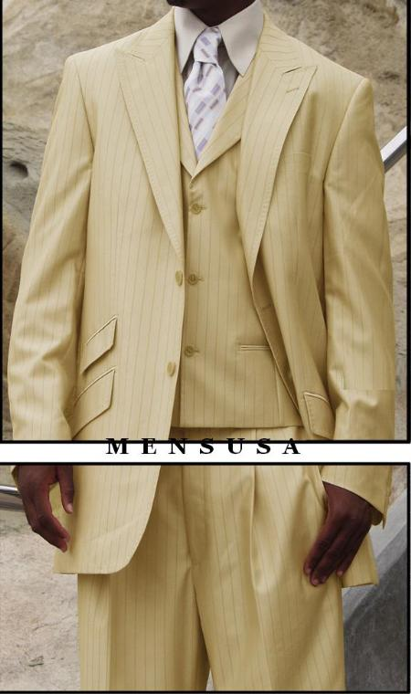 Vested Peak Laple Style in 2 Buttons Shown in Cream