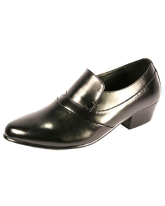 Luxurious Shoes Available on