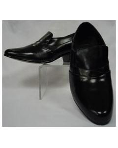 Elegant Black Leather Cuban